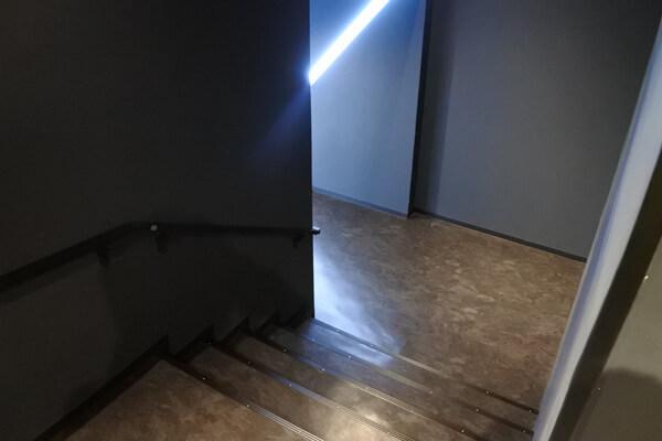 ルフス池袋の階段
