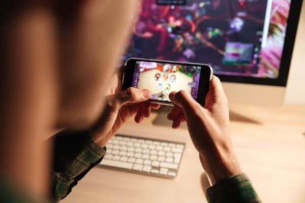 スマホでゲーム配信する方法!iPhoneやAndroidで気軽にゲーム配信!